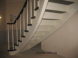 сходи бетонні з поворотом